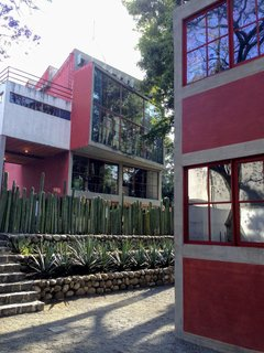 Connected by a bridge, the separate studios/residences of Frida Kahlo and Diego Rivera are open to the public. The compound was designed by Juan O'Gorman, an important figure of functionalism in the Mexican art and architecture scene.
