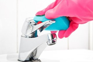Cleaning the Bathroom: 6 Things You Should Do Every Day - Photo 1 of 1 -