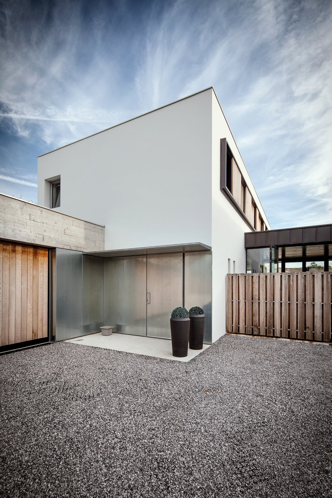 H+L House by Gardera-D Architecture