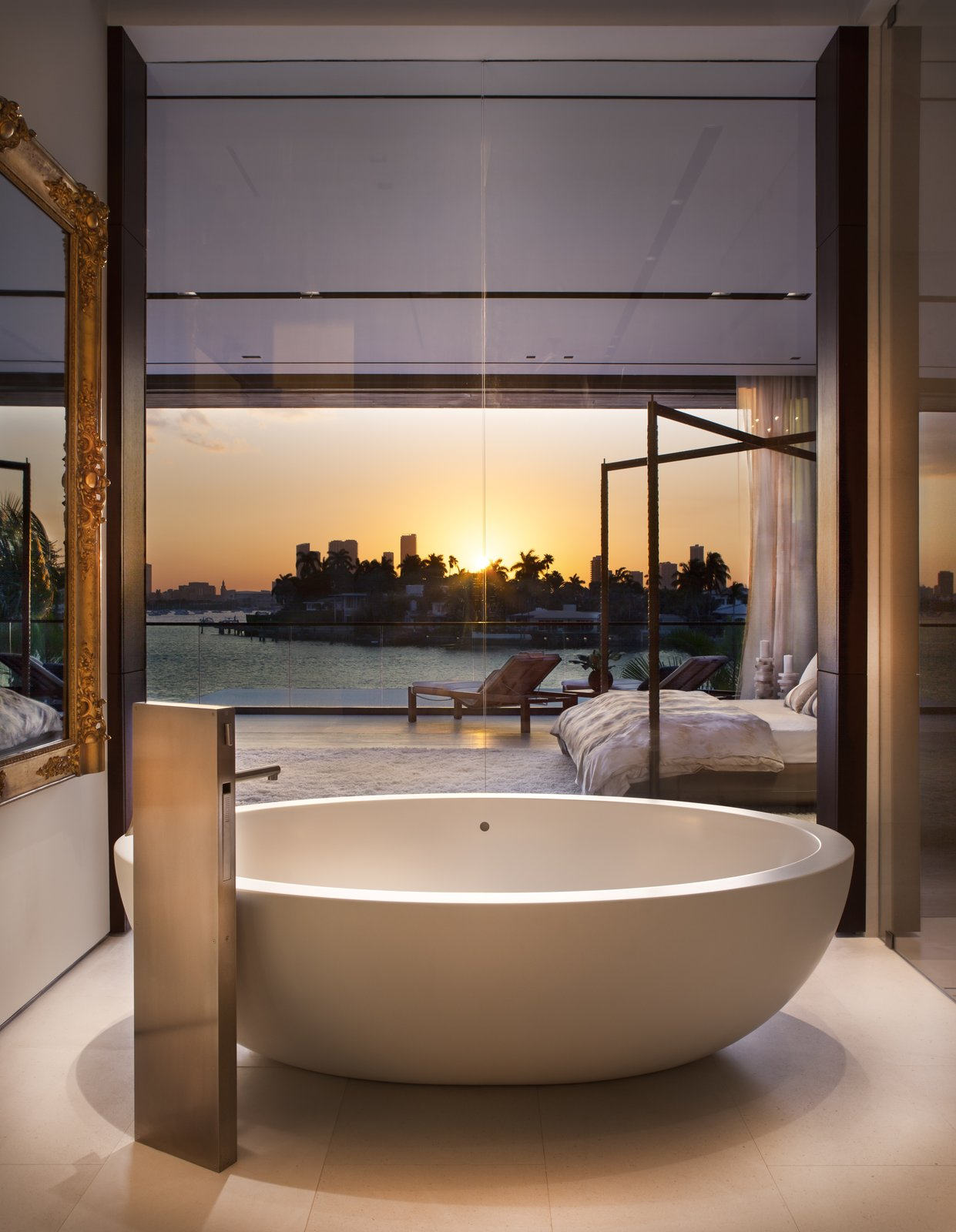 Photo 27 of 40 in 40 Modern Bathtubs That Soak In the View from ...
