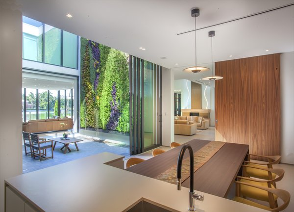 Allison Road Residence by Choeff Levy Fischman