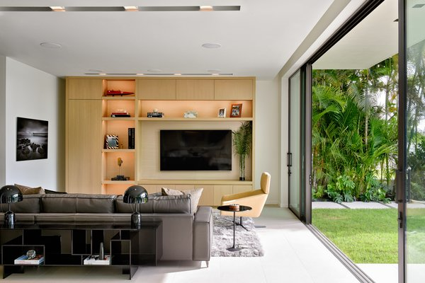 Best 60+ Modern Living Room Sectional Design Photos And Ideas - Dwell