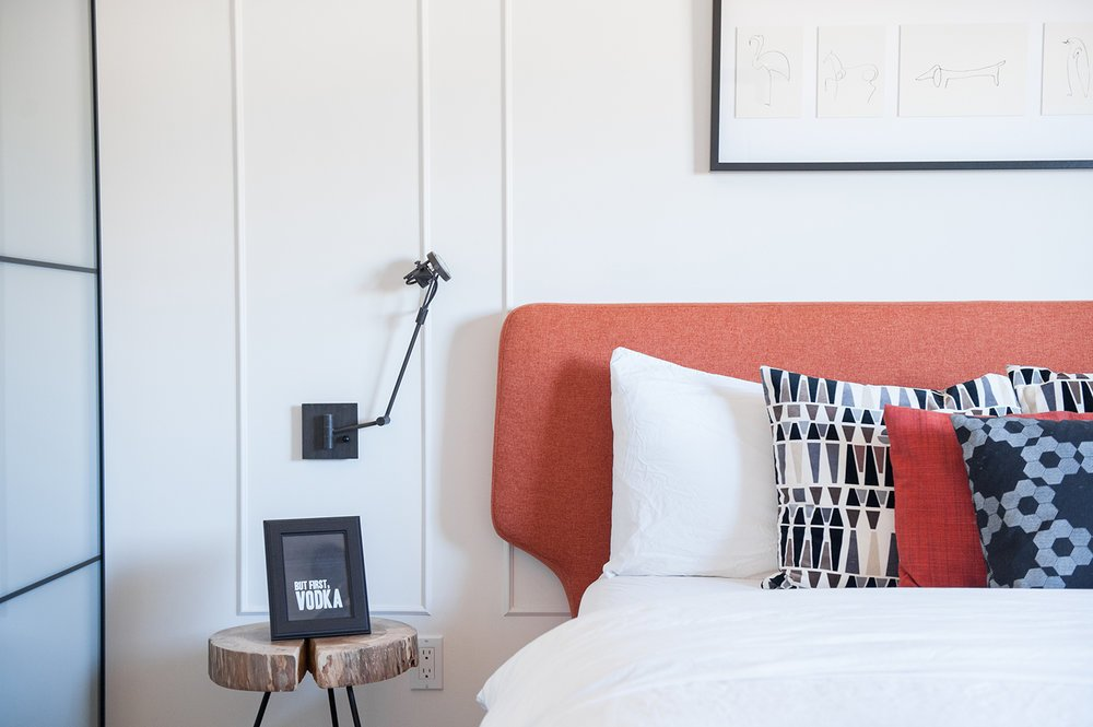 Photo 9 of 9 in When to Save Versus Splurge in Your Bedroom Revamp from An Interior Designer Launches Her Career by Renovating Her Family's Midcentury Eichler - Dwell Photo 9 of 9 in When to Save Versus Splurge in Your Bedroom Revamp… - 웹