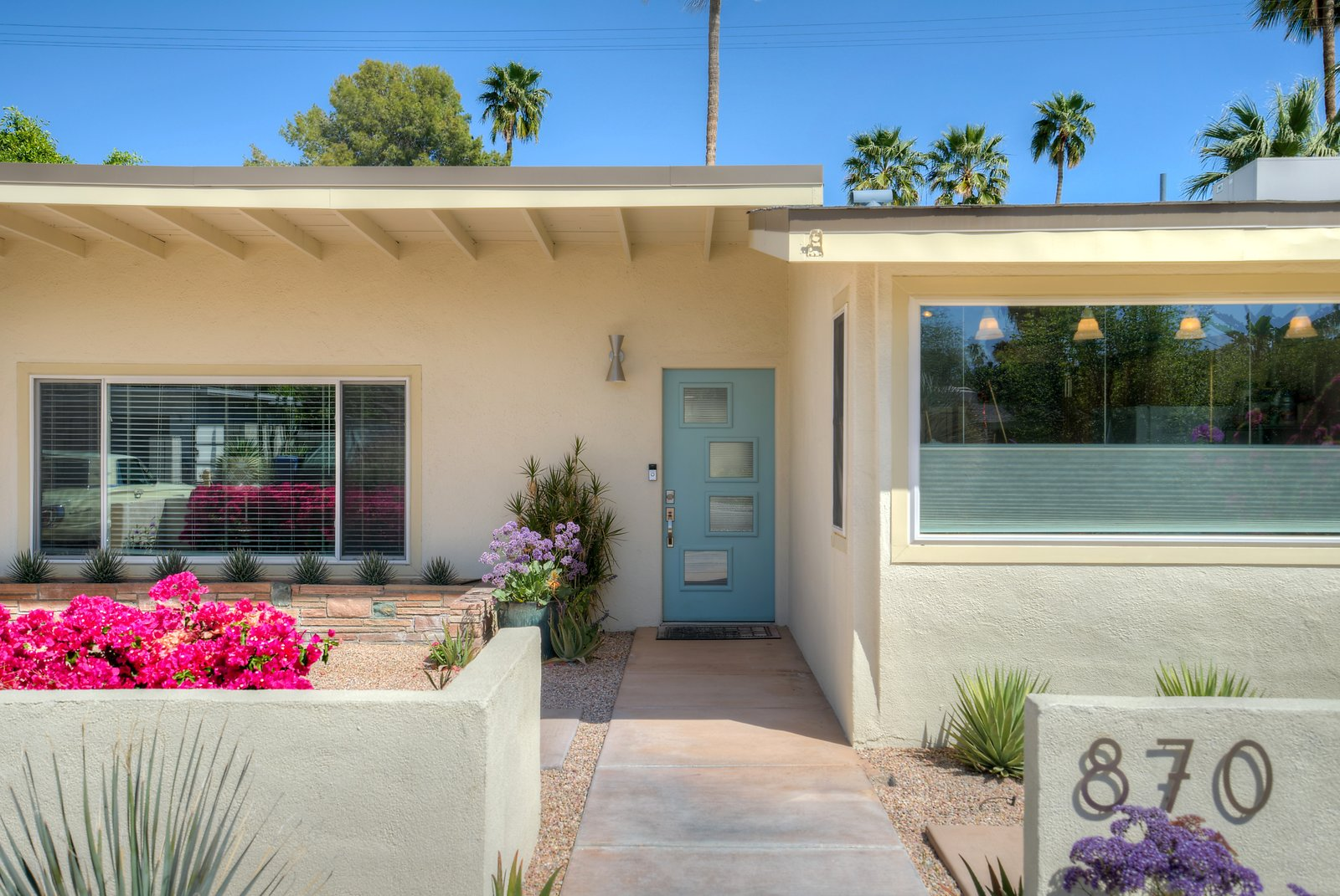 Palm Springs Mid-Century Gem