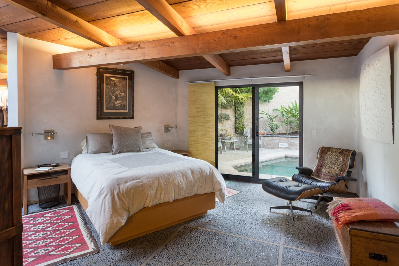 Bedroom, Bed, Chair, and Storage  Photo 5 of 13 in A 1974 Masterpiece Is Put on the Market by a Family Friend of the Late Julius Shulman