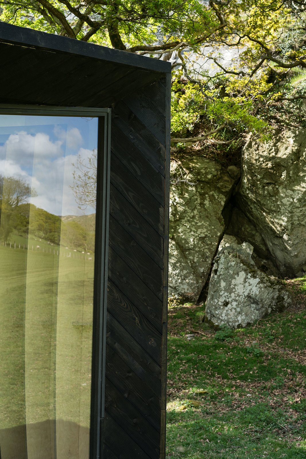 Photo 9 of 11 in Tour One of Epic Retreat's Tiny Pop-Up Hotel Cabins in the Welsh Countryside