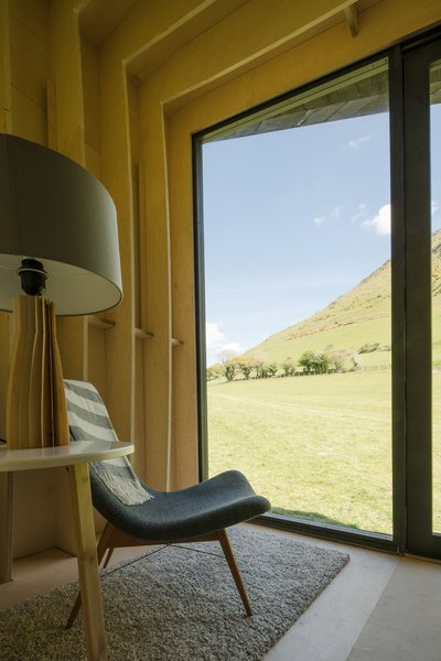 Tour One of Epic Retreat's Tiny Pop-Up Hotel Cabins in the Welsh Countryside - Photo 5 of 10 -