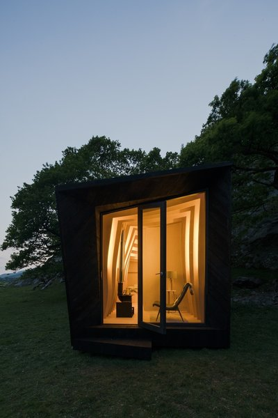 Tour One of Epic Retreat's Tiny Pop-Up Hotel Cabins in the Welsh Countryside - Photo 10 of 10 -