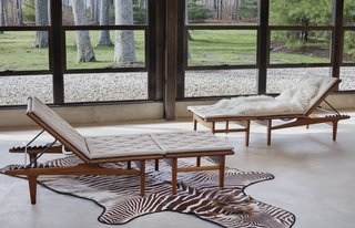 Hans Wegner, Pair of Adjustable Lounge Chairs With Ottomans, Estimate $5,000–$7,000