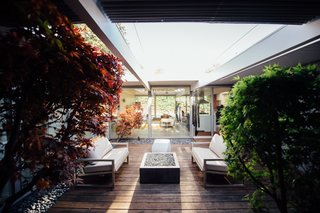 An Interior Designer Launches Her Career by Renovating Her Family's Midcentury Eichler - Photo 6 of 10 -