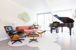 An Interior Designer Launches Her Career by Renovating Her Family's Midcentury Eichler - Photo 3 of 10 -