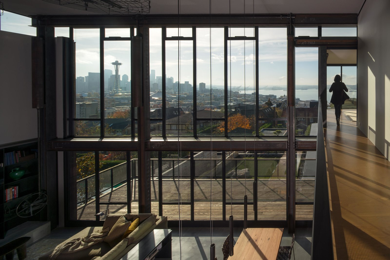 Top 5 Homes Of The Week With Wondrous Floor To Ceiling Windows