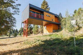 Slim Is in For These 10 Skinny Homes - Photo 8 of 10 -