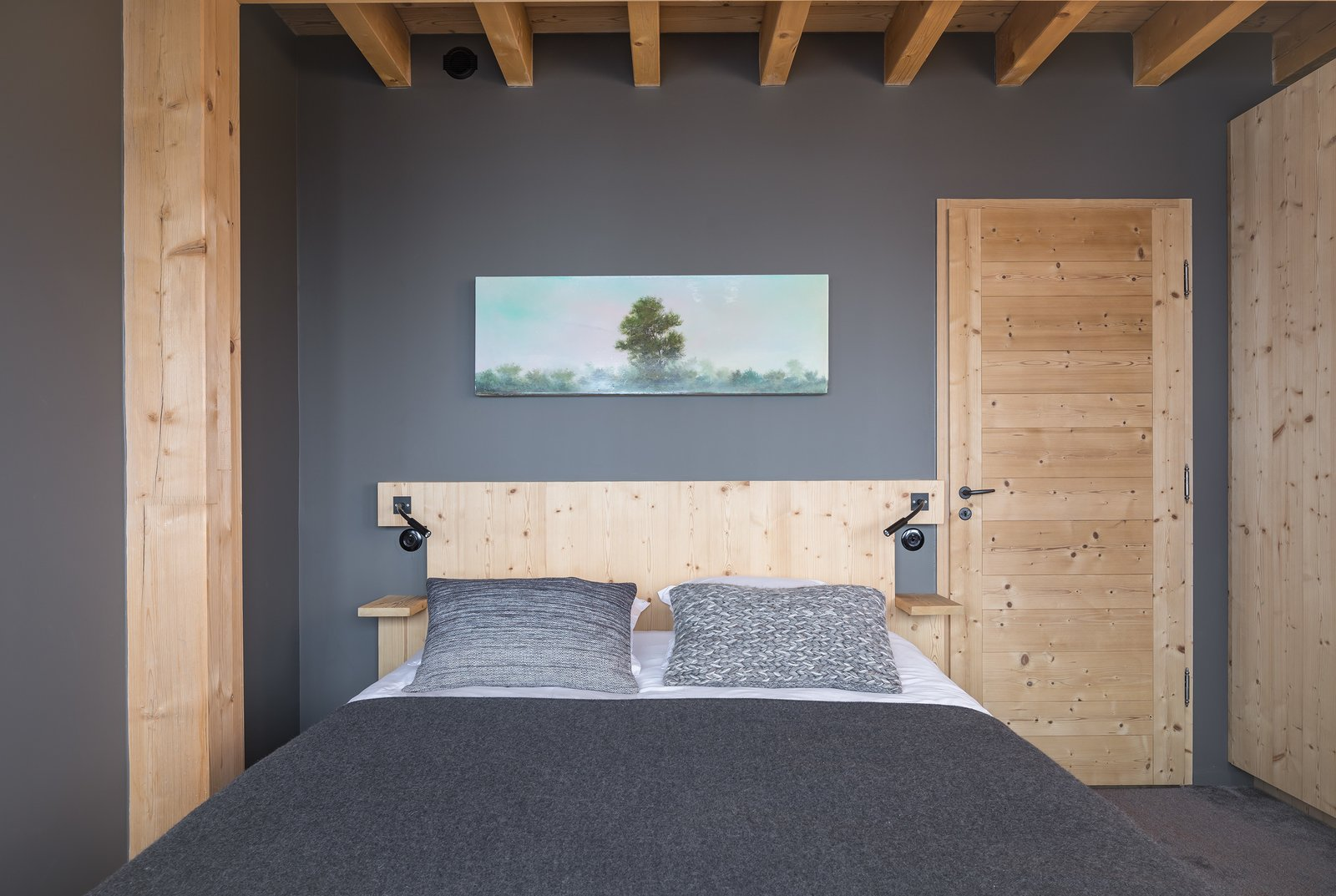 Bedroom, Bed, Wall Lighting, and Carpet Floor  Mountain House