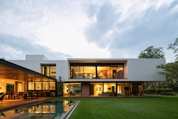 Top 5 Homes of the Week That Champion Angular, Boxy Design