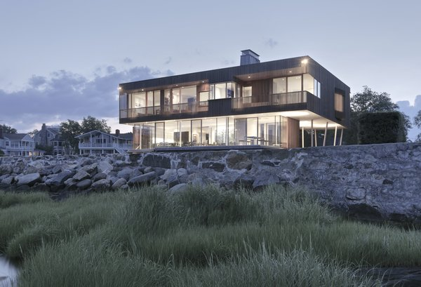 Exterior, Beach House Building Type, Flat RoofLine, and House Building Type  Spiral House by Joeb Moore & Partners