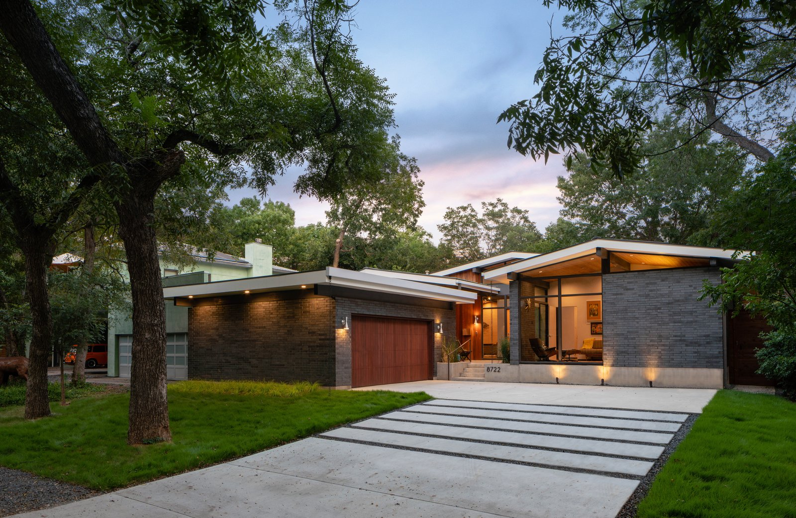 House Tw Modern Home In Dallas Texas By M Gooden