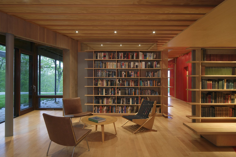 Living Room, Bookcase, Coffee Tables, Chair, Recessed Lighting, Medium Hardwood Floor, and Bench  Edge House by Bohlin Cywinski Jackson
