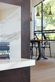 Thoughtful Design Details Warm Up a Modern Family Home in Northern California - Photo 2 of 8 -