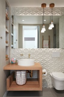 Thoughtful Design Details Warm Up a Modern Family Home in Northern California - Photo 7 of 8 -