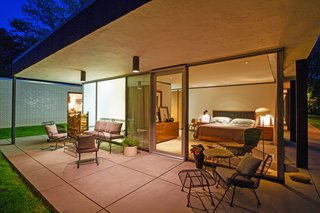 A Renovated, Midcentury Glass-and-Steel House in New York Asks $2M - Photo 7 of 9 -