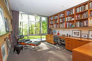 A Renovated, Midcentury Glass-and-Steel House in New York Asks $2M - Photo 6 of 9 -