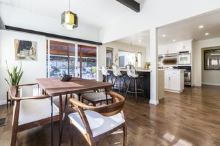 A Renovated Midcentury Home in L.A. With Timeless Details Asks $1.3M - Photo 6 of 14 -
