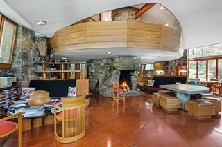 A Usonian Masterpiece by Frank Lloyd Wright Is on the Market For $1.5M - Photo 2 of 9 -