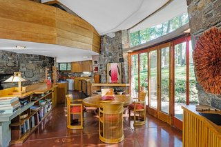 A Usonian Masterpiece by Frank Lloyd Wright Is on the Market For $1.5M - Photo 3 of 9 -