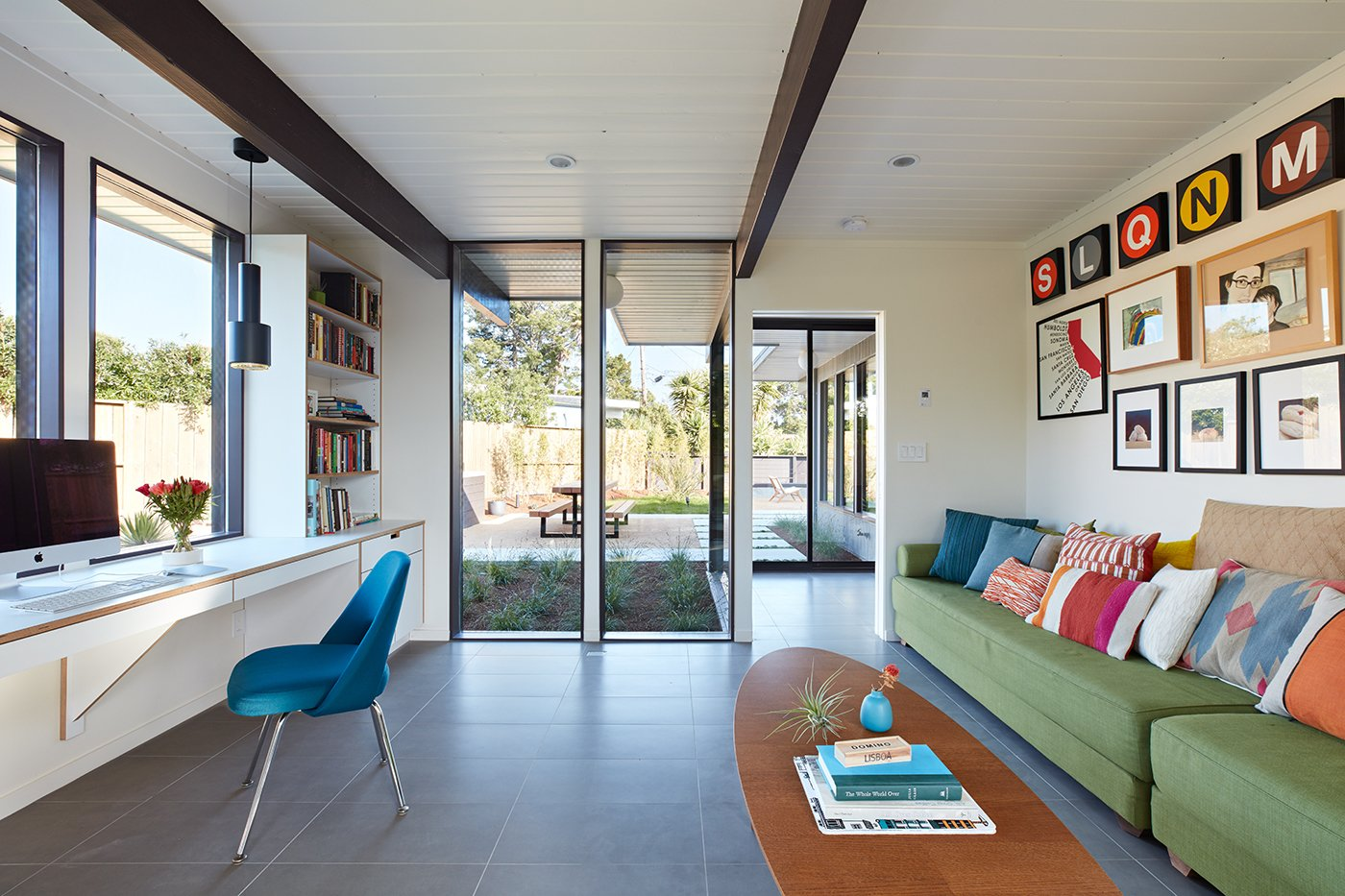 Living Room, Sofa, and Chair  Photo 8 of 11 in A Midcentury Eichler in San Mateo Is Turned Into a Functional Family Home