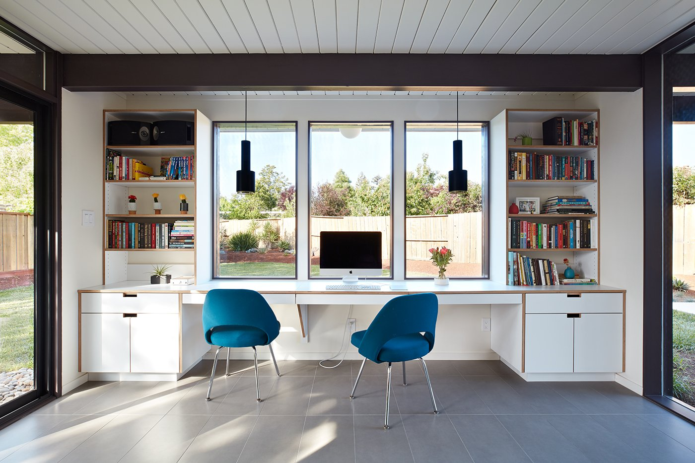 Office, Desk, and Chair  Photo 9 of 11 in A Midcentury Eichler in San Mateo Is Turned Into a Functional Family Home