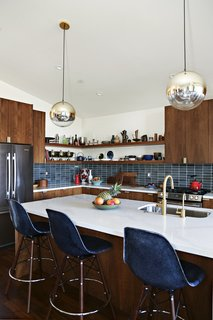 A Silver Lake Home Built in 1939 Is Renovated From Top to Bottom - Photo 13 of 22 -