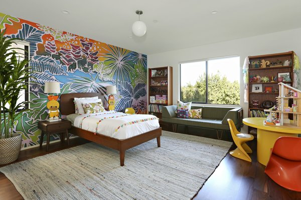 A Silver Lake Home Built in 1939 Is Renovated From Top to Bottom - Photo 19 of 22 -