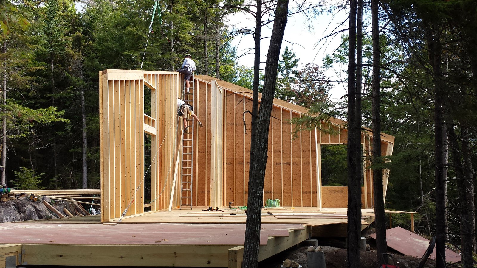 Photo 9 of 18 in A Prefab Cabin in New Hampshire Is a Magnificent Mountain Retreat