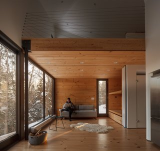 A Prefab Cabin in New Hampshire Is a Magnificent Mountain Retreat - Photo 13 of 18 -