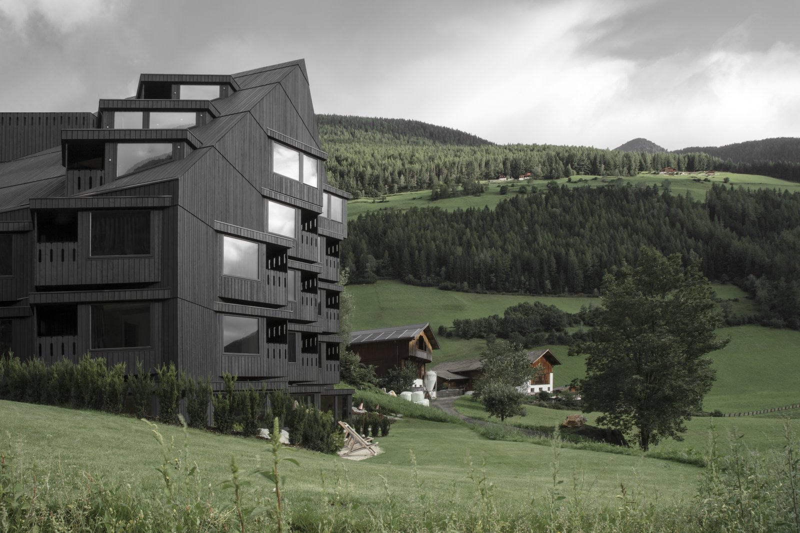 Exterior, Glass Siding Material, and Wood Siding Material  Photo 2 of 9 in A Dramatic Hotel in Northern Italy Is a Hiker's Refuge