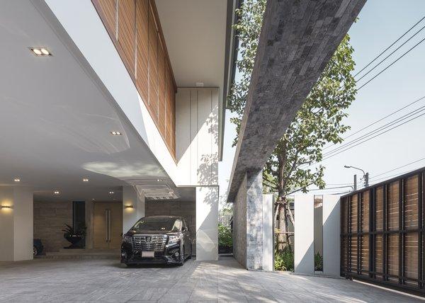 Best Modern Outdoor Tile Patio Porch Deck Front Yard Design Photos