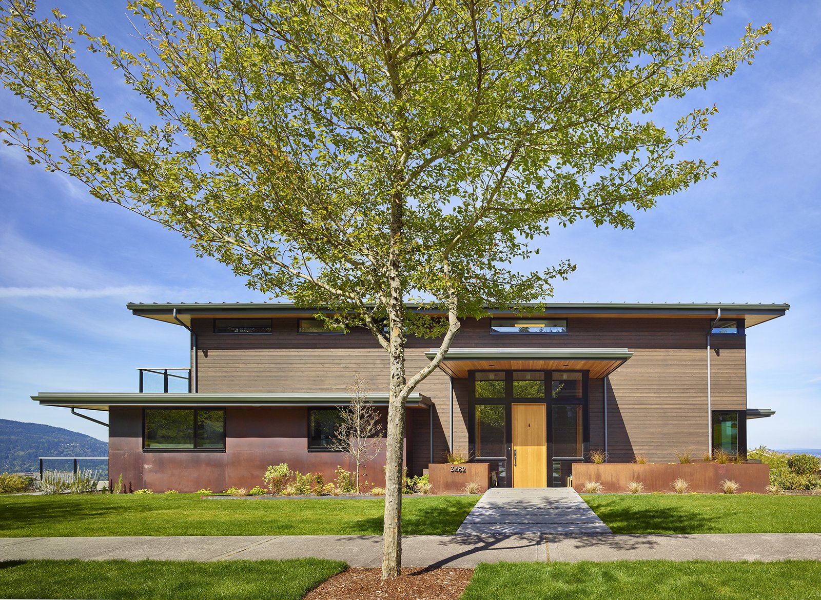 Issaquah Highlands Residence by Studio Zerbey Architecture & Design