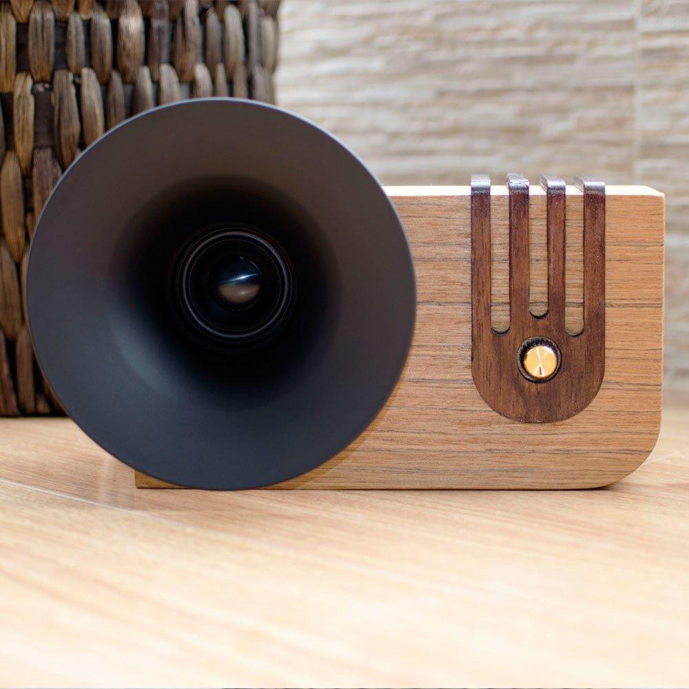 Photo 2 of 4 in The Bluetooth Sound Machine · Edison