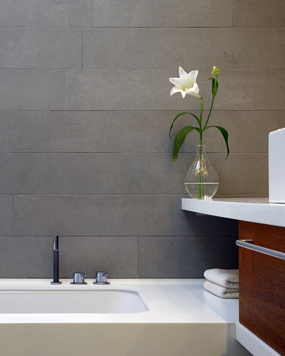 Bath Room, Undermount Tub, Soaking Tub, and Quartzite Counter  Elm Grove by Thompson + Baroni
