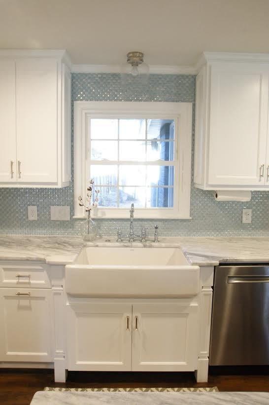 South Carolina Residence: Milk Glass Backsplash