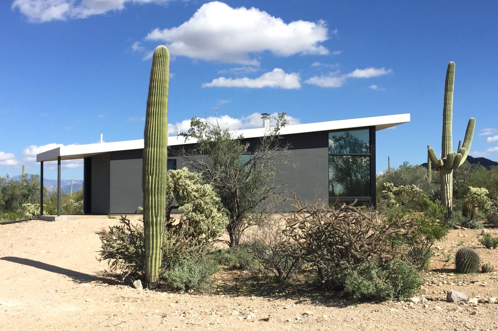 Exterior, Wood Siding Material, Mid-Century Building Type, and House Building Type  Tucson Retirement Oasis