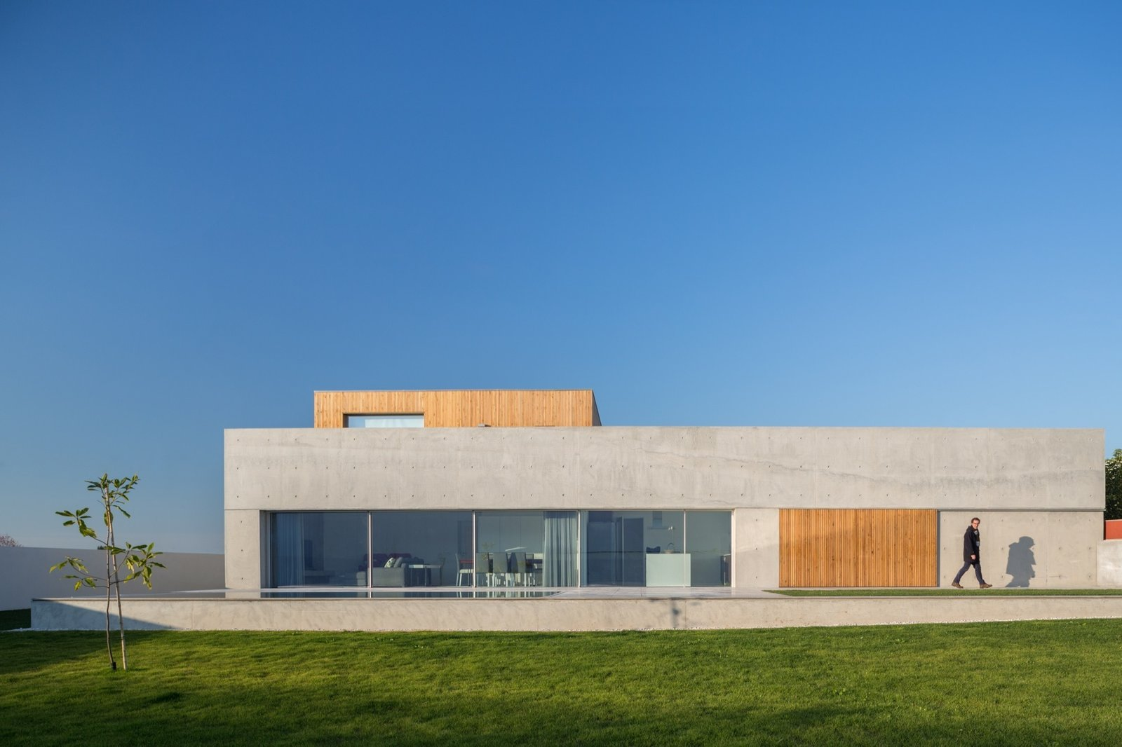 House in Avanca by Its. Ivo Tavares Studio - architectural photographer
