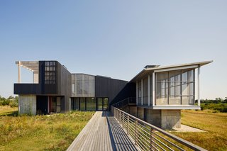 A Green Home Surrounded by Wetlands Is the Perfect Refuge From the Big Apple