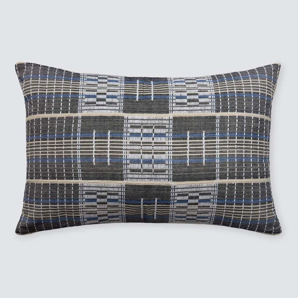 Adjoukrou Lumbar Pillow