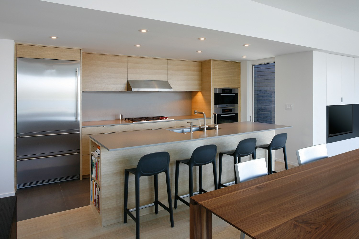 Kitchen  Cantilever House by Robert Hutchison Architecture