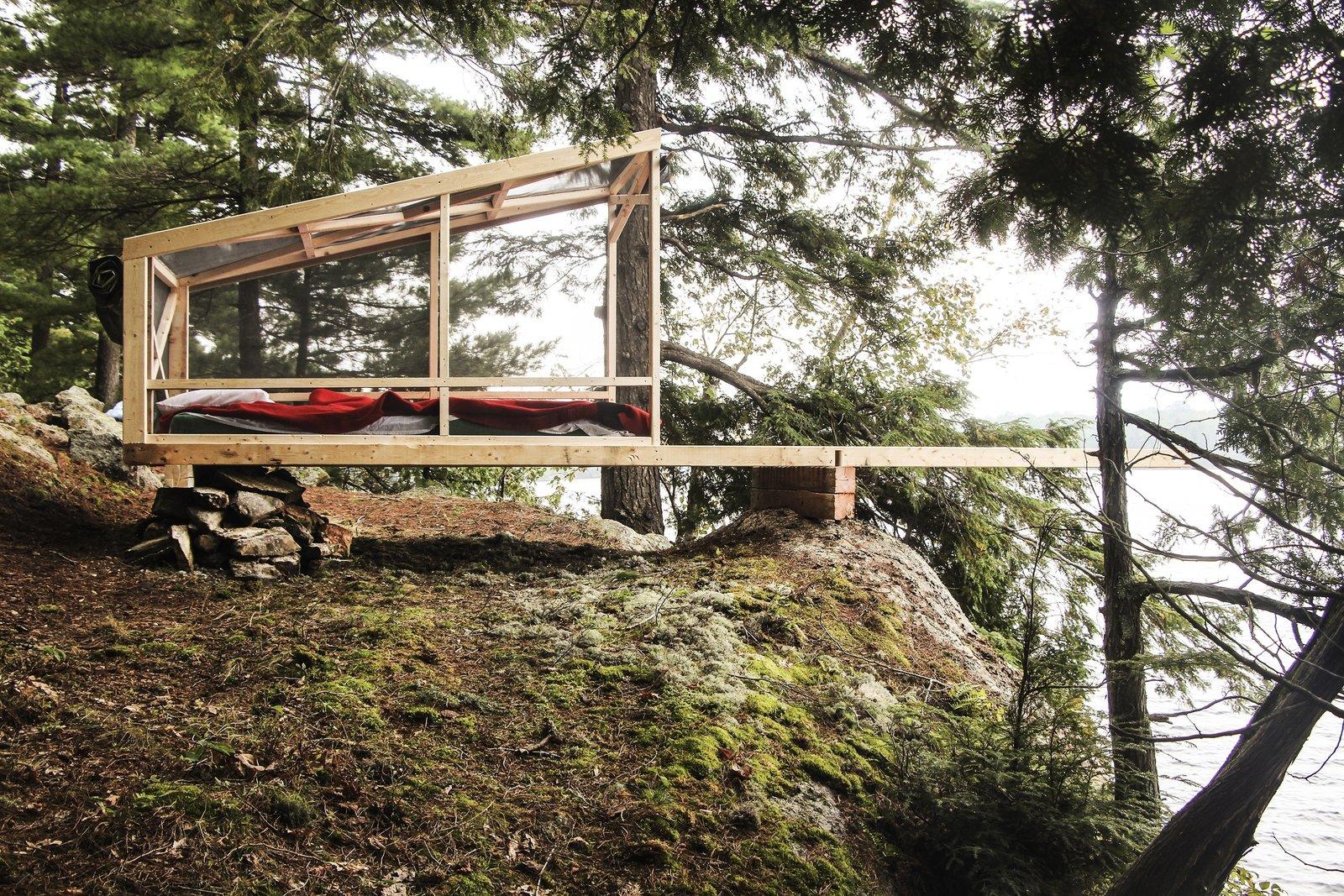 Photo 2 of 6 in Dream/Dive Platform Encourages Playful Summer Living