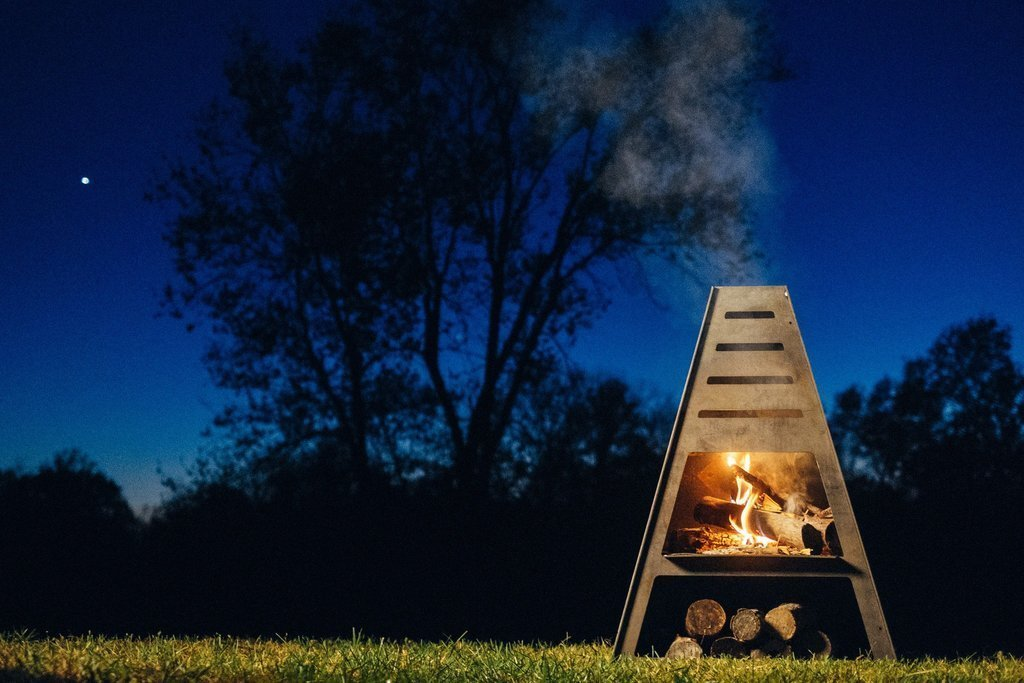 Outdoor  Photo 2 of 8 in Gather Around These 7 Modern Fire Pit Designs