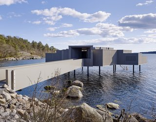 A Swedish Coastal Town Commissions an Otherworldly Bathhouse - Photo 5 of 5 -