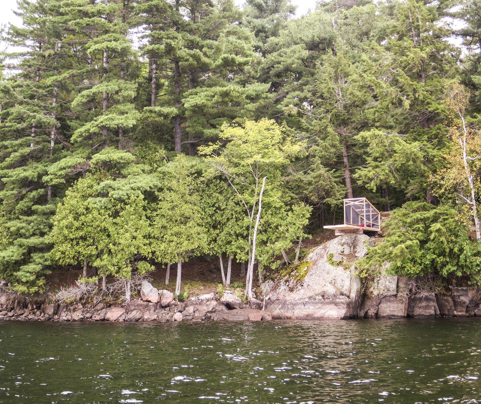 Photo 5 of 6 in Dream/Dive Platform Encourages Playful Summer Living
